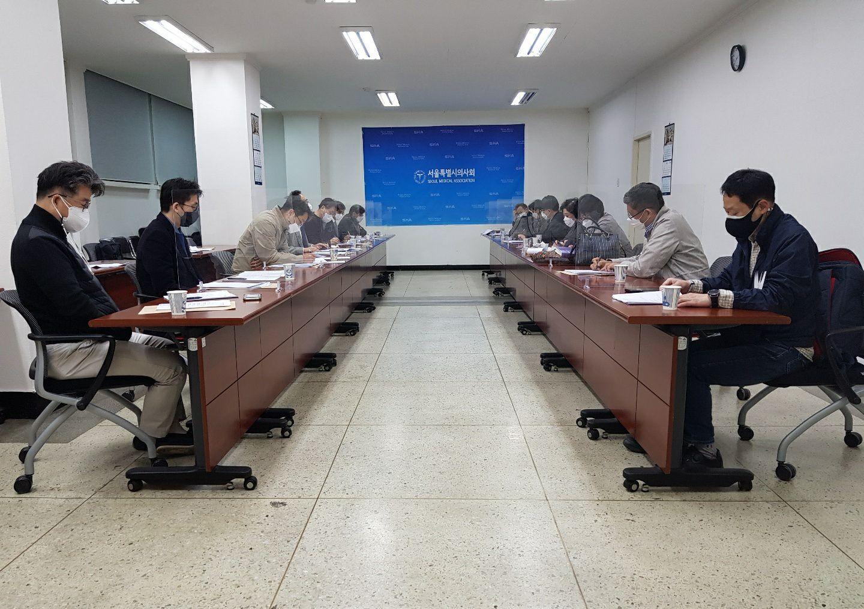 2021 04 20.(화) 제2차 상임이사 대면회의(시의사회관 1층 회의실).jpg